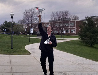 Drone Expert Visits SCSU Journalism Department