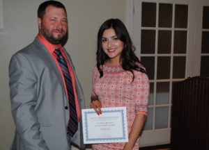 CTSPJ President Paul Singley, left, and SCSU Journalism student Sandra Gomez-Aceves at the Connecticut Excellence in Journalism dinner May 29. | Viktoria Sundqvist photo