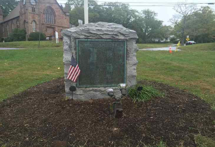 Dual monuments honor North Branford's war dead