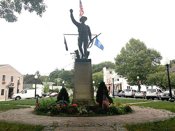 PT Barnum square